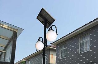 招远玲珑镇太阳能一体灯安装实例