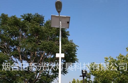 太阳能路灯威海影视城安装现场实例